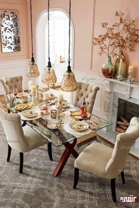 هارمونی بین میز و صندلی ها و دکوری زیبا