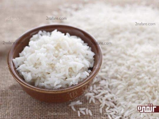 گرم کردن برنج با ماکروفر سبب مسمومیت غذایی میشود
