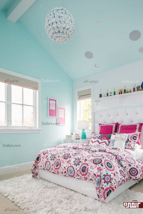 اتاق خواب رنگارنگ با روتختی و ملافه های زیبا