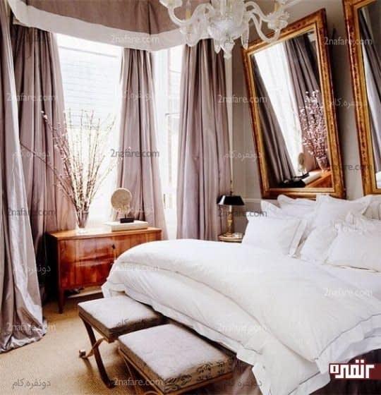 اتاق خواب لوکس با پرده های صورتی و ملافه سفید
