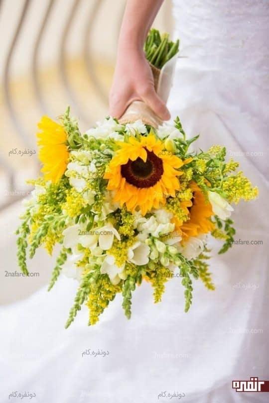 دسته گلی زیبا و درخشان از آفتابگردان