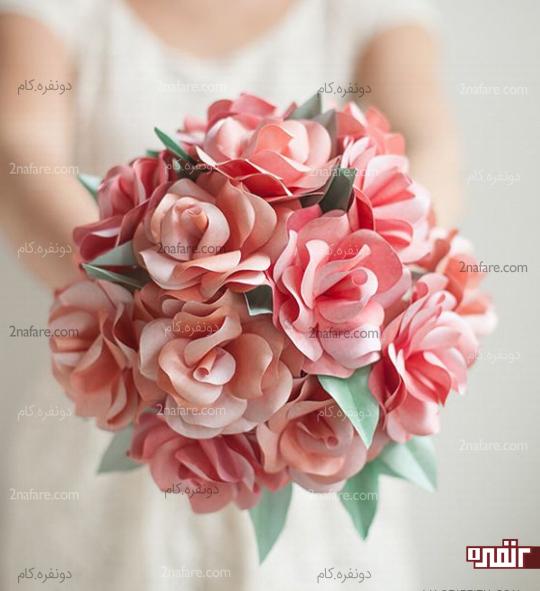 دست گل مصنوعی و کاغذی عروس
