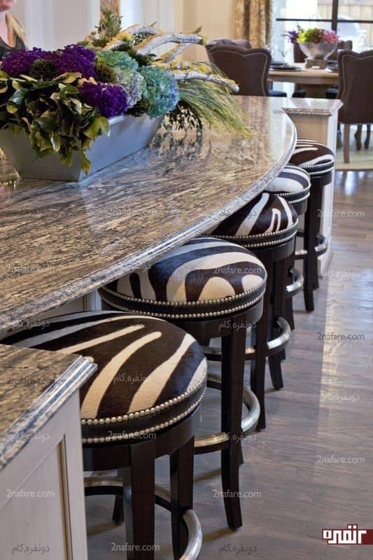 روکش گورخری برای چهارپایه های میز غذاخوری