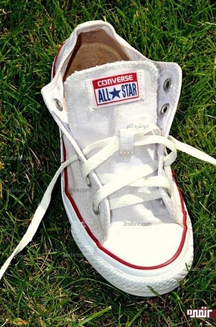 کفش کتانی تمیز شده