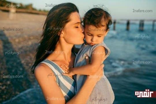 آغوش والدین بهترین ارامبخش