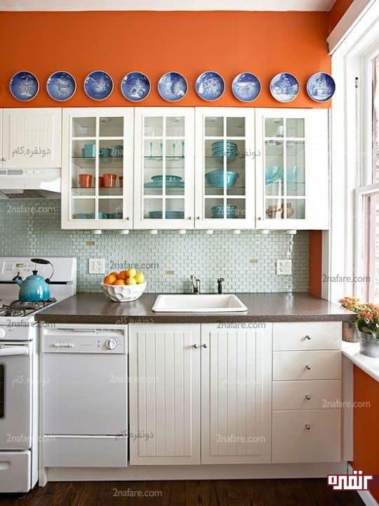 استفاده از نارنجی فقط برای پوشش قسمتی از دیوار آشپزخانه