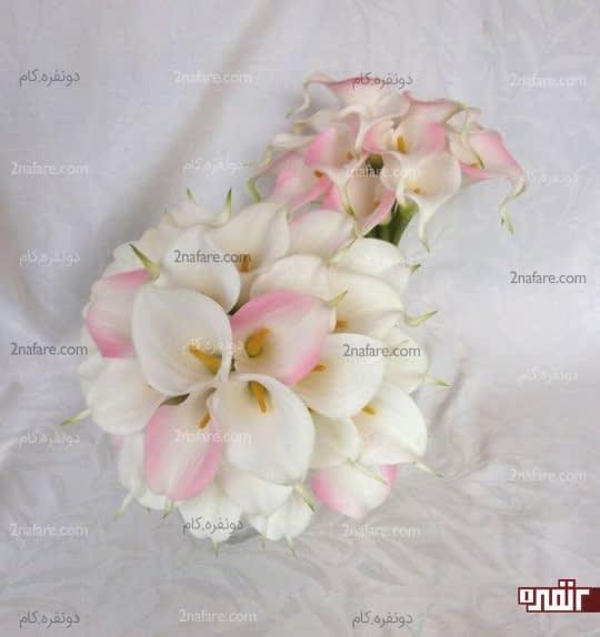 ترکیب رنگ زیبای صورتی و سفید برای دسته گل عروس