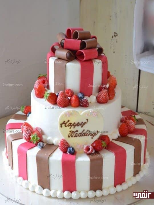 تزیینات فوندانت و میوه برای کیک عروسی