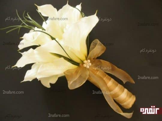 تزیین دسته گل شیپوری با اکسسوری جذاب