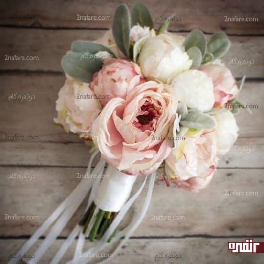 تنوع رنگی زیبای گل صدتومنی دسته گل عروس
