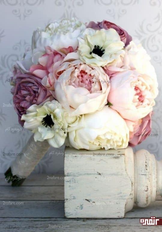 دسته گل ترکیبی عروس با پئونی
