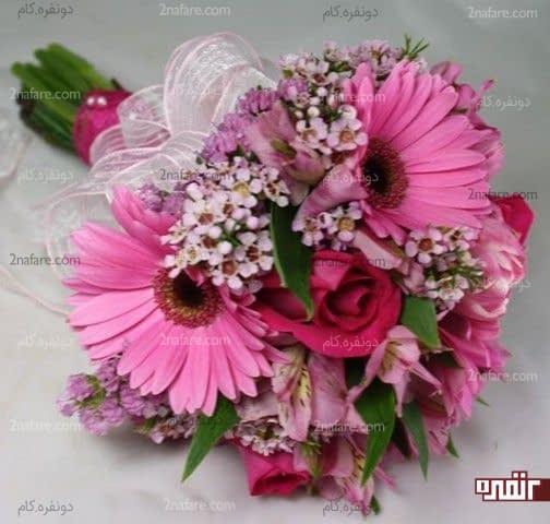دسته گل ترکیبی و زیبا با گل رز