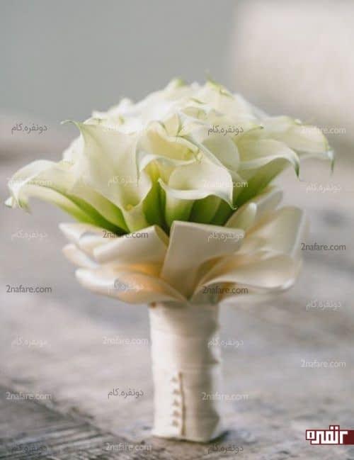 دسته گل شیپوری با تزیین روبان ساتن