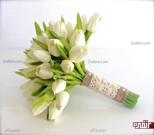 دسته گل شیک عروس با لاله سفید
