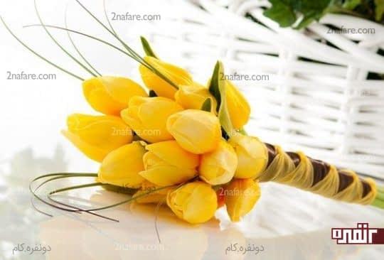 دسته گل عروس با لاله های زرد