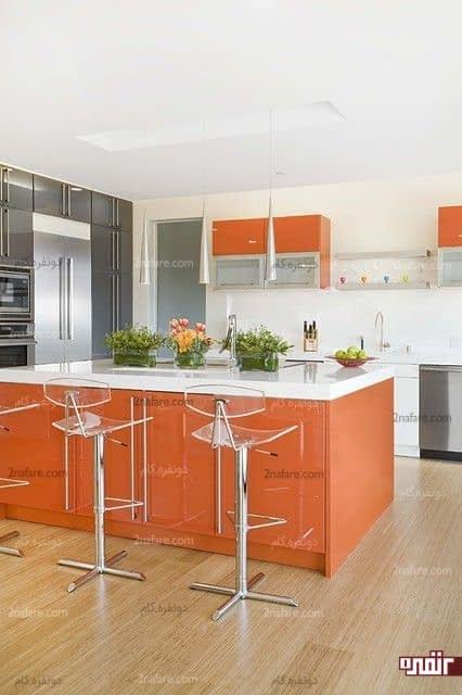 سفید و خاکستری از بهترین رنگ ها برای ترکیب با نارنجی