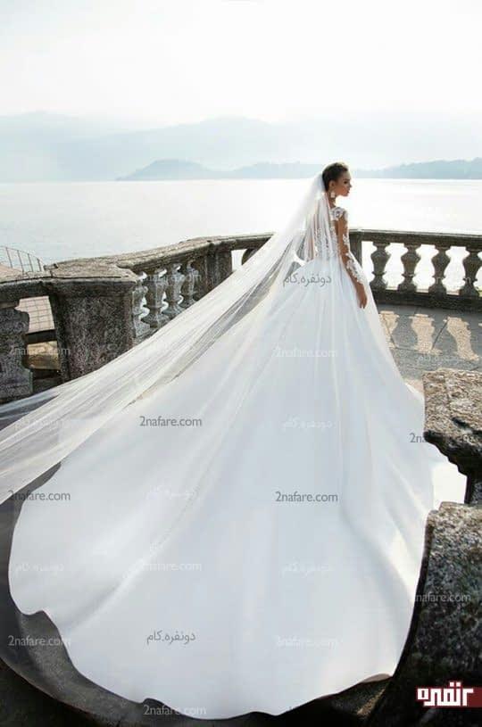 لباس عروس با دامن ساتن دنباله دار