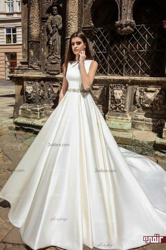 لباس عروس با دامن ساتن چین دار