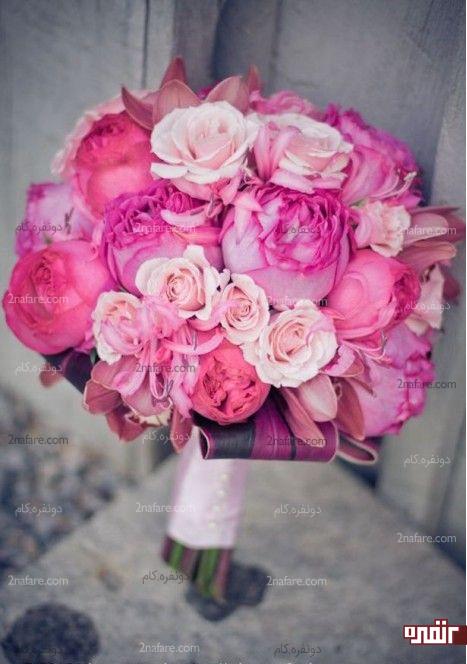 مدل زیبایی از دسته گل عروس با گل پئونی