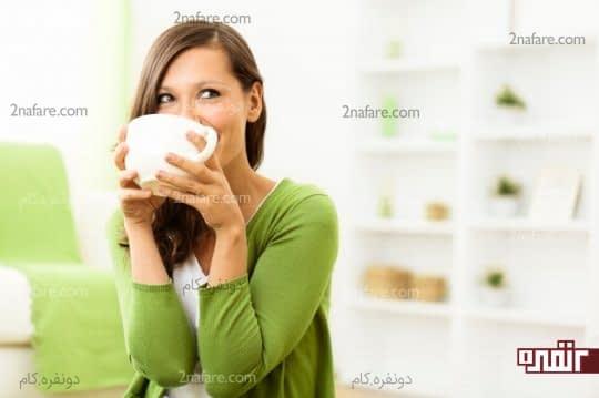 مراقب کافئین موجود در چای سبز در دوران شیردهی خود باشید