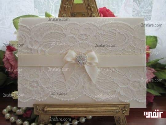 کارت دعوت عروسی با تزیین تور سفید