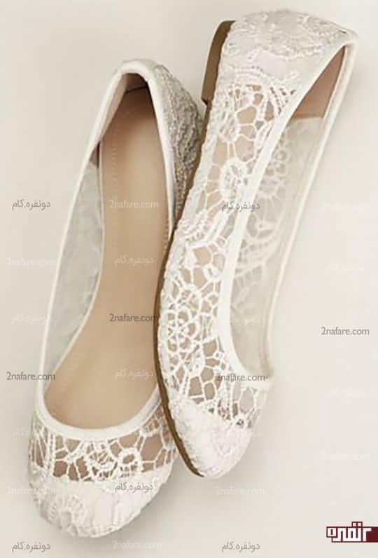 کفش سفید راحت و تخت