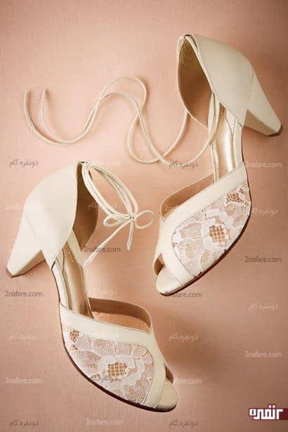 کفش پاشنه دار و سفید عروس