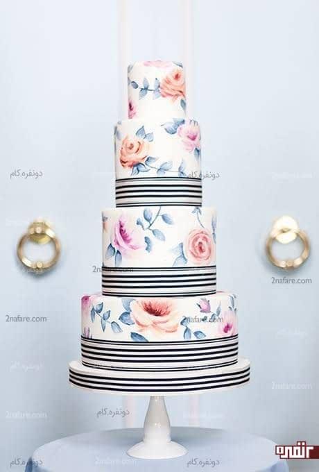 کیک زیبای عروسی با طراحی روی فوندانت