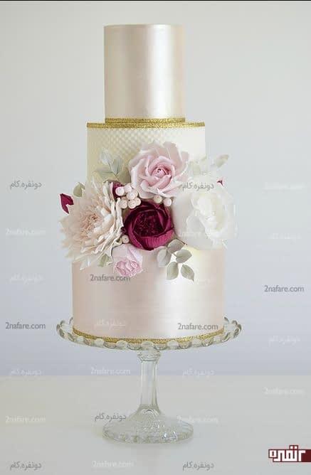 کیک عروسی با تزیین فوندانت و گل