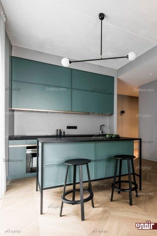 آشپزخانه کوچک و خوش رنگ