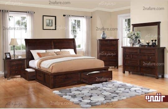 استفاده از قالیچه ای زیبا و مدرن در جلوی تخت