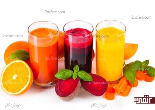 بعد از مصرف آب میوه های رنگی حتما دهان را آبکشی کنید