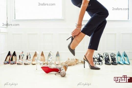 اندازه پاشنه کفش ها رو متناسب با محلی که میخواید استفاده کنید، انتخاب کنید