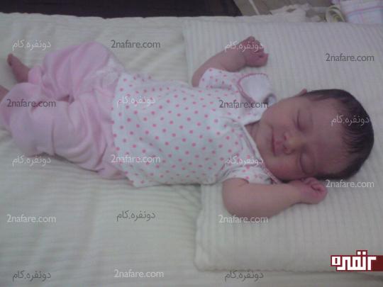 لباس راحت و نرم لازمه ی آرامش نوزاد