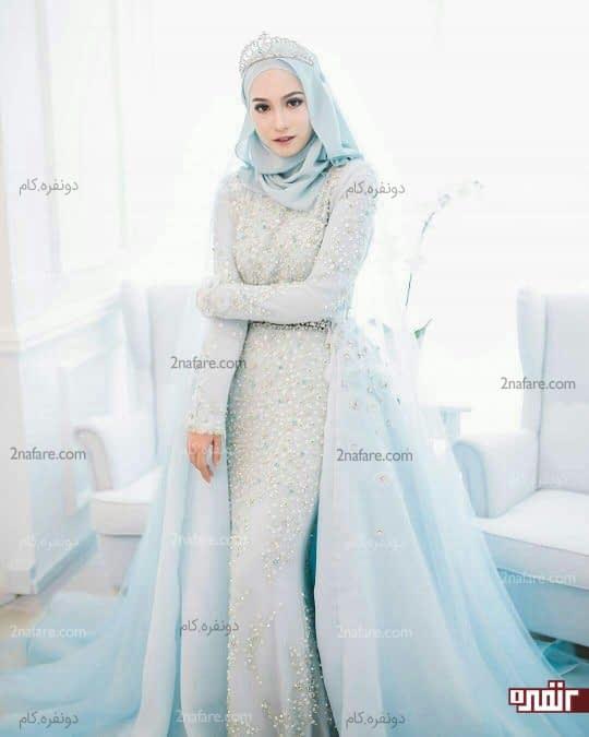 لباس نامزدی با دامن خاص و تاج