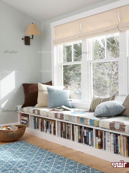 اتاق خوابی جذاب با طراحی فضای مطالعه کنار پنجره