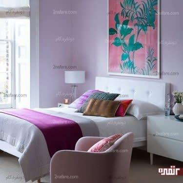 اتاق خوابی جذاب و خوش رنگ با انتخاب تابلو برای دیوار پشت تخت