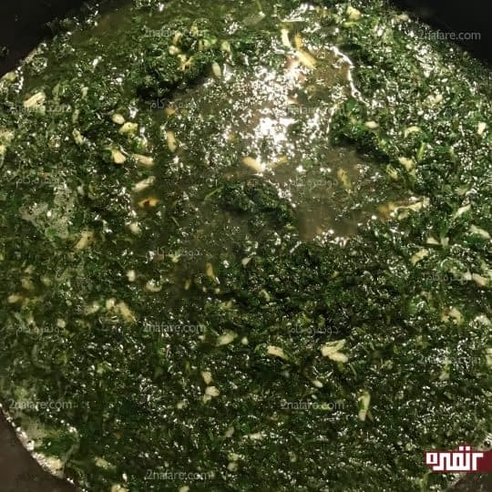 اضافه کردن سبزی ها