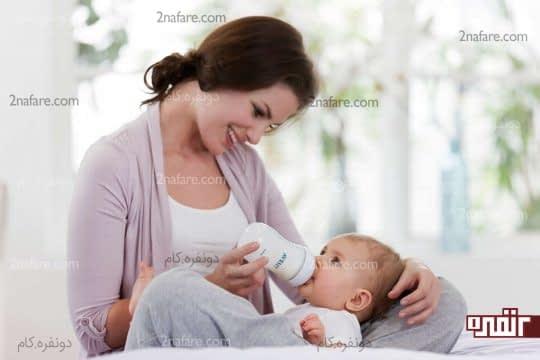 بین شیر خوردن کودک وقفه بیندازید