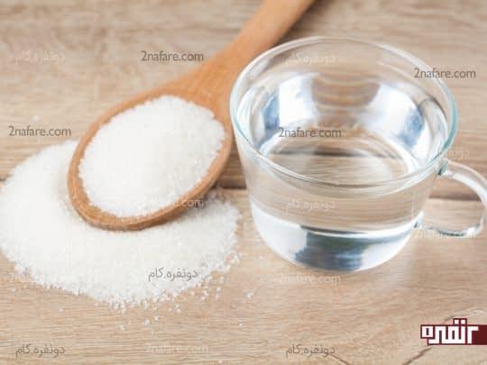 ترکیب جوش شیرین و آب برای رفع جوش های سر سیاه