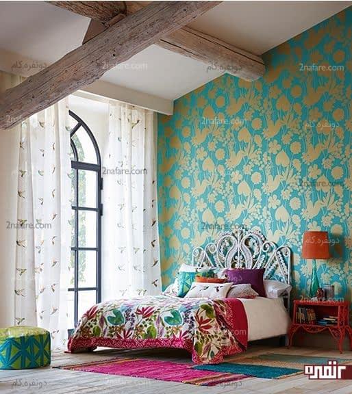 ترکیب رنگ طلایی و فیروزه ای برای کاغذ دیواری اتاق خواب