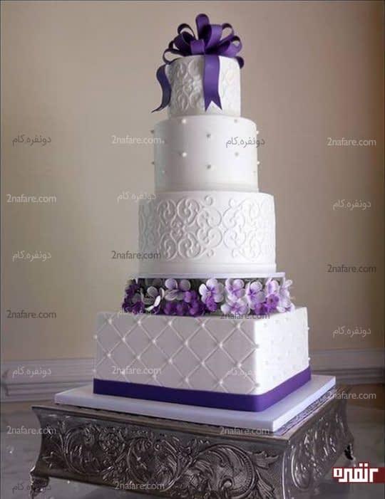جذابیت و تنوع رنگ کیک عروسی با اکسسوری های بنفش
