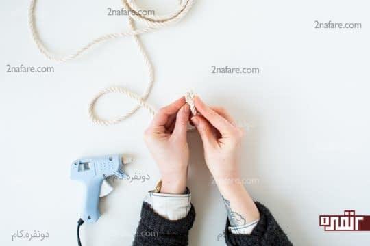 جمع کردن و چسب زدن ابتدای طناب