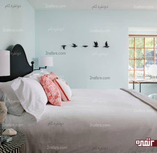 رنگ آبی ملایم برای دیوار اتاق خواب