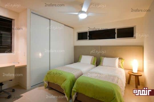 قرار دادن تخت ها در کنار هم در اتاق پسرانه