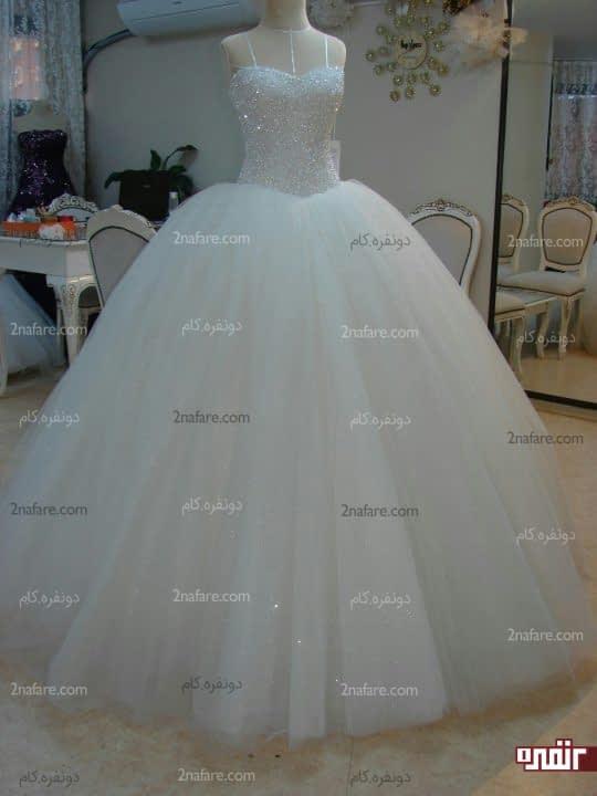 لباس عروس با دامن توری براقلباس عروس با دامن توری براق