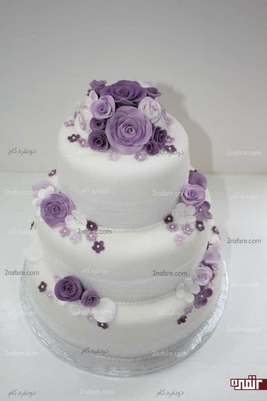 مدل تزیین کیک عروسی با رز بنفش