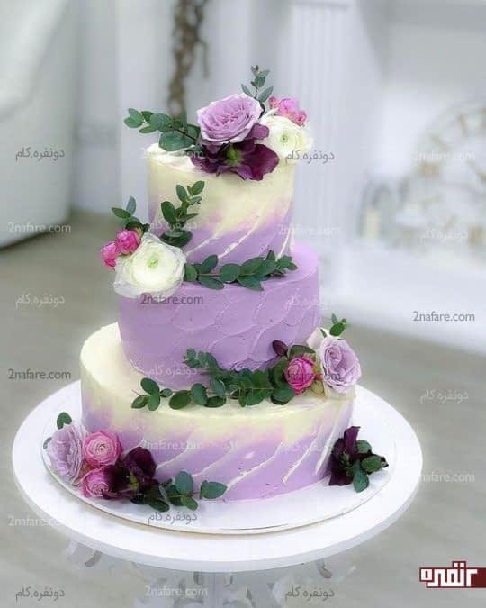 مدل کیک عروسی بنفش با تزیینات زیبا