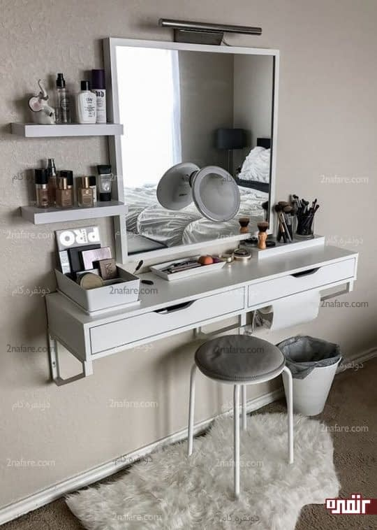 میز آرایش دیواری با شلف و کشوهای جادار