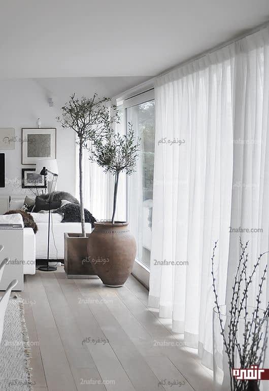 پرده های حریر و قدی برای پنجره های نشیمن در خانه های کوچک